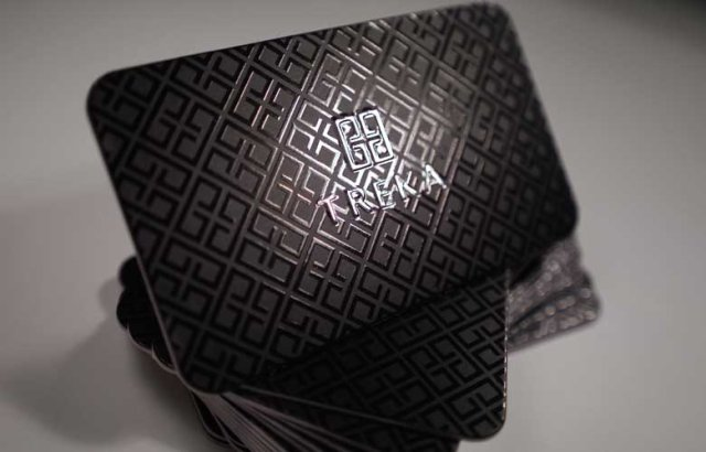 30 Stunning Examples Of Spot Uv Printed Business Cards